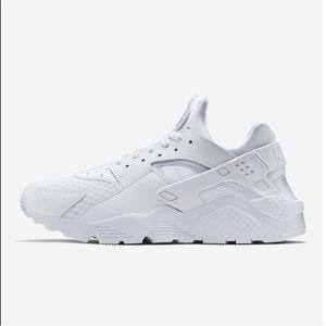 Men's Nike White Huarache
